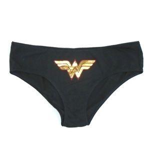 Torrid Wonder Woman Hipster Panty NWT 3X Metallic